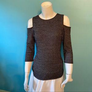 Priv cold shoulder sweater